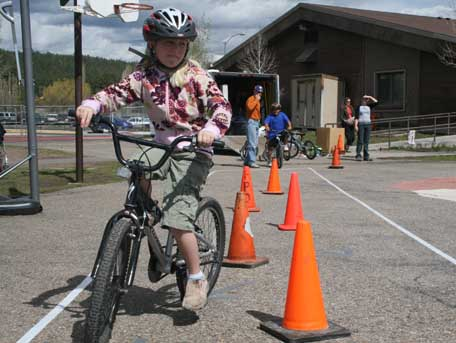 Student at Marshall Elementary learns bike safety